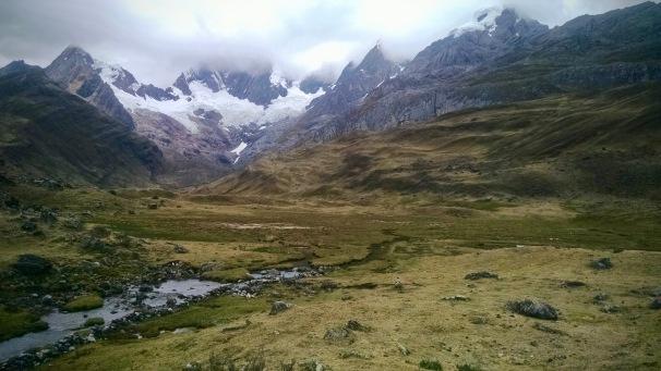 Laguna Mitucocha Cordillera Huayhuash