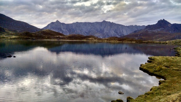 Laguna Carnicero Huayhuash Mountain Range
