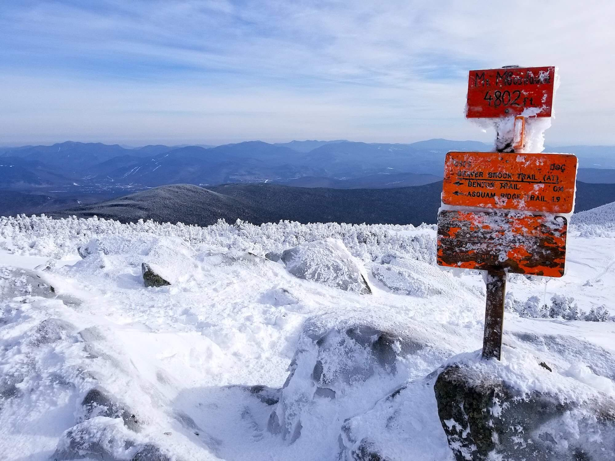 summit view from mount moosilauke in winter