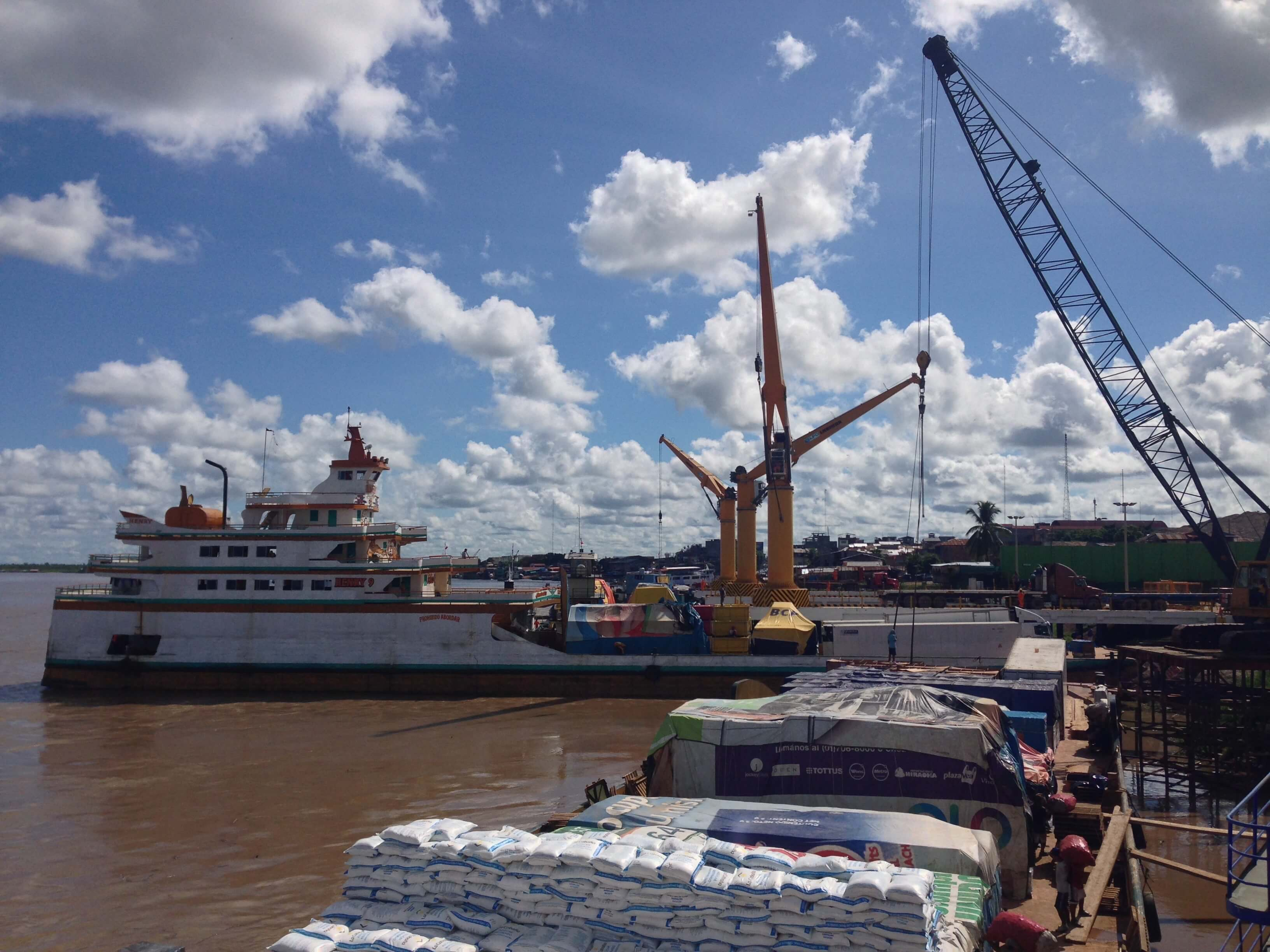 boats at dock in pucallpa